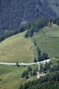 8. Dall'alto, la traccia degli antichi trinceramenti.
