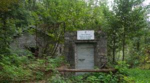 Sul percorso esterno di visita alle miniere di Traversella