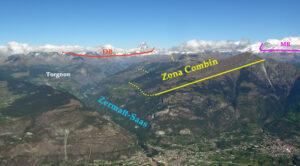 La larga dorsale a gradoni fra Valtournenche (sinistra) e Val d'Ayas (destra) vista dal Mont Barbeston di fronte allo sbocco nella Dora.