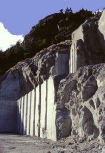 Nei lavori di cava è incorporato un sapere storico ed una competenza tecnica che sono patrimonio di tutta l'umanità