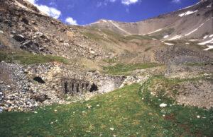 Testimonianze silenziose, eleganti e discrete delle antiche coltivazioni minerarie a Liconi