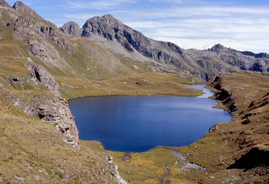 1. In Comune di Brusson, il Lago della Battaglia a Palasinaz.
