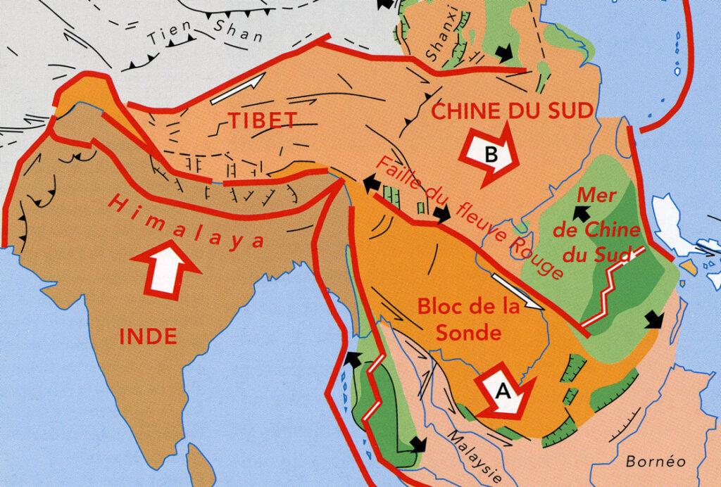 08. Come le Alpi, l'Himalaya è una catena collisionale (India-Tibet), ma il suo funzionamento è diverso. In particolare molta crosta tibetana viene espulsa di lato creando Cina e Indocina. I processi sono molto più attivi che sulle Alpi, con devastanti terremoti.